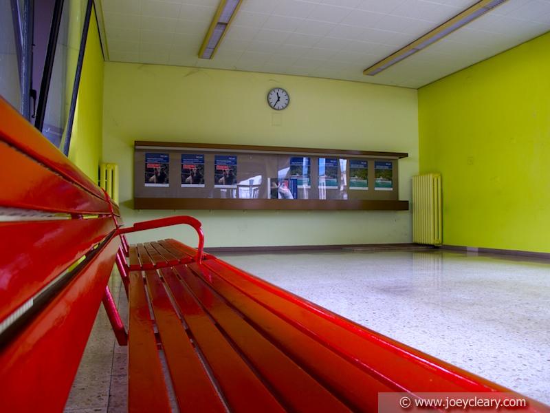 Railway waiting room - Chiasso 2011